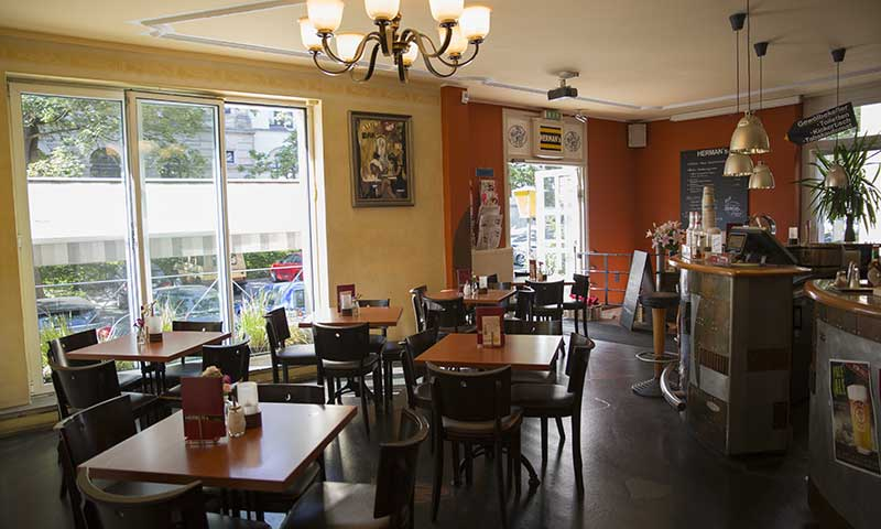 Hermans Braunschweig Cafe Bar Studentenkneipe Frühstücken